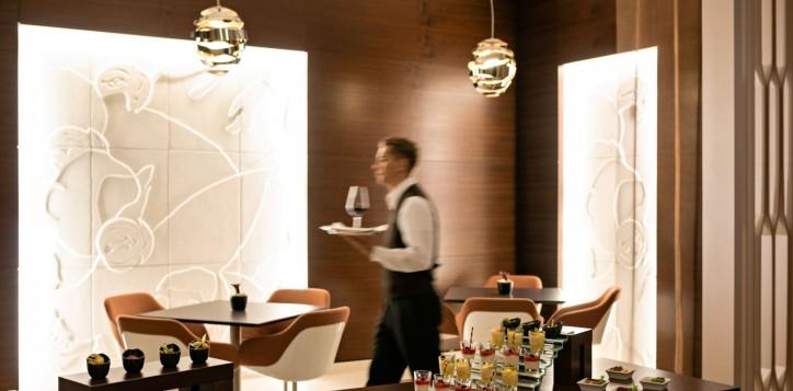 restaurantsbars-mainpicture-2